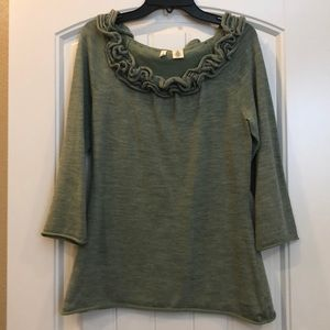Adorable Anthropologie knit top